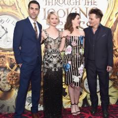 """Johnny Depp, Anne Hathaway e mais astros na première de """"Alice Através do Espelho"""". Veja fotos!"""