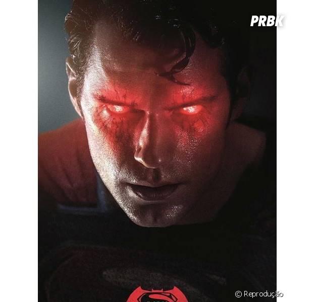 """De """"Batman Vs Superman"""": cartazes descartados pela DC Comics são divulgados"""