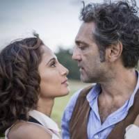 """Novela """"Velho Chico"""": Tereza (Camila Pitanga) e Santo transam e viram amantes!"""