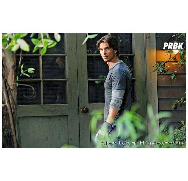 "Jason (Drew Van Acker) está confirmado na 7ª temporada de ""Pretty Little Liars"""
