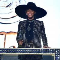 Beyoncé recebe prêmio de ícone fashion do ano em cerimônia nos Estados Unidos!