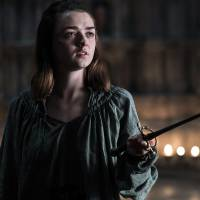 "Em ""Game of Thrones"": na 6ª temporada, Arya (Maisie Williams) é perseguida e mais do episódio!"