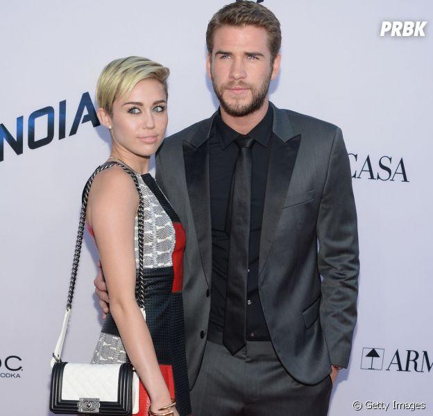 Miley Cyrus posta foto no Instagram e comprova que está mesmo com Liam Hemsworth