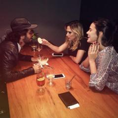 """Tatá Werneck e Bruna Marquezine causam polêmica com foto no Instagram: """"Falta de respeito"""""""