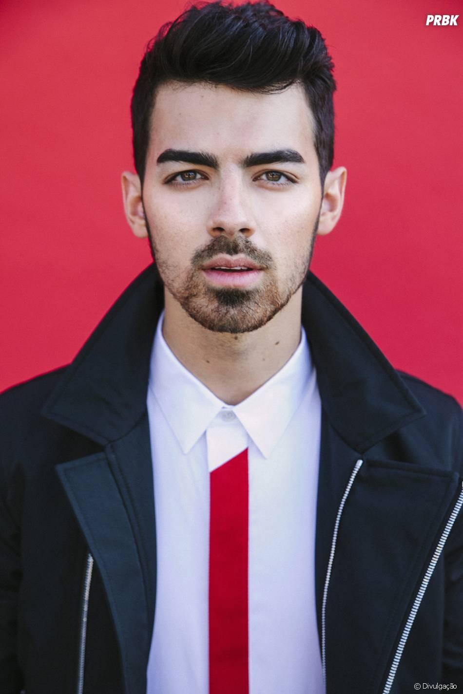 Joe Jonas nasceu dia 15 de agosto e também é do signo de ...