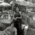 Anitta posa ao lado de Pablo Morais, modelo apontado como affair da cantora