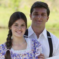 """Camila Queiroz e Klebber Toledo namorando? Atriz nega romance: """"Estou solteira"""""""