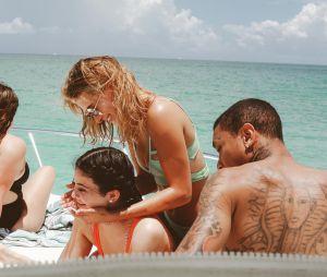 Hailey Baldwin, Kendall Jenner e Tyga celebraram o aniversário da caçula das Kardashians em grande estilo