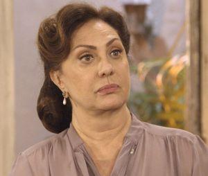 """Nos próximos capítulos de """"Êta Mundo Bom!"""",Clarice(Marianna Armellini) pedirá ajuda paraAnastácia (Eliane Giardini) dizendo queFilomena (Débora Nascimento) está em apuros"""