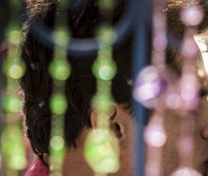"""Novela """"Velho Chico"""": Lucas (Lucas Veloso) e Sophie (Yara Charry) se beijam!"""
