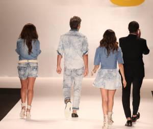 Como era de se esperar, Giovanna Antonelli, Reynaldo Gianecchini e Tainá Müller encerraram o desfile da TNG no Fashion Rio. Mas sem mão boba!