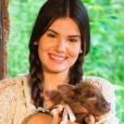 """Camila Queiroz, ex-""""Êta Mundo Bom!"""", respondeu comentário malicioso sobre namoro"""