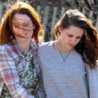 Após cena com Robert Pattinson, Juliane Moore filma ao lado de Kristen Stewart