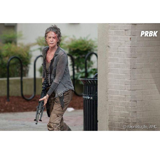 """Melissa McBride, a Carol de """"The Walking Dead"""", diz que 1º episódio da 7ª temporada vai """"abalar as estruturas"""""""
