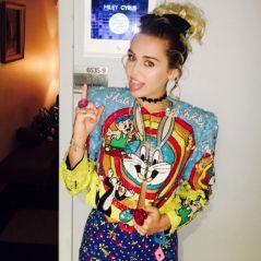 Miley Cyrus se emociona com pai Billy Ray Cyrus ao cantar música sobre suicídio! Confira