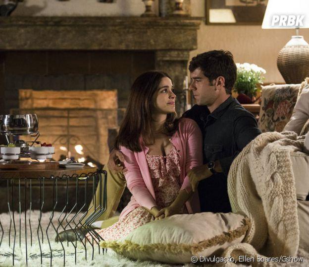 """Novela """"Haja Coração"""": Felipe (Marcos Pitombo) e Shirlei (Sabrina Petraglia) estão mais apaixonados do que nunca"""