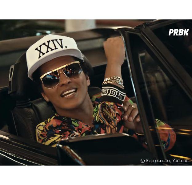 """Bruno Mars surpreende fãs com muita dança, ostentação e uma batida contagiante em """"24k Magic"""""""