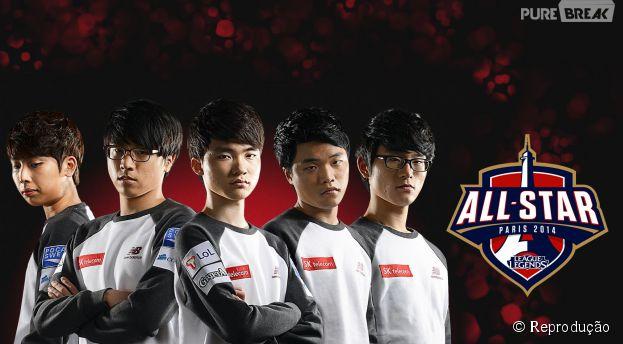 """Equpe coreana SK Telecom T1 que venceu o """"All-Star 2014 League Of Legends"""""""