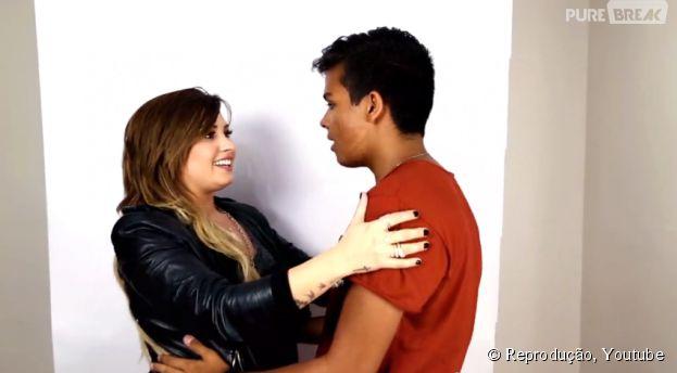 """<p>Demi Lovato agradece pela ajuda dos fãs no fim de """"Really Don't Care""""</p>"""