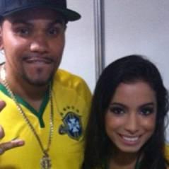 """Anitta e Naldo se apresentam no """"Fifa Fan Fest"""" para a Copa do Mundo"""