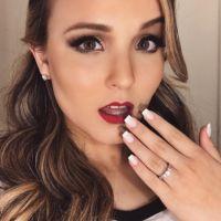 """Larissa Manoela, de """"Cúmplices de Um Resgate"""", surpreende fãs e publica foto vestida de unicórnio!"""