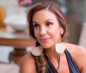 """Ivete Sangalo recebe Bruna Marquezine no programa """"Superbonita"""", do GNT"""