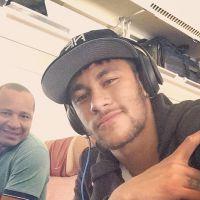 Neymar está no Brasil! O jogador fica no Rio até a apresentação da Seleção