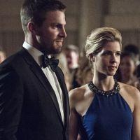 """Em """"Arrow"""": na 5ª temporada, Oliver e Felicity vão voltar? Stephen Amell esclarece dúvidas!"""