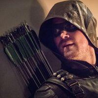 """Em """"Arrow"""": na 5ª temporada, diretor revela cena final e apresenta mudanças na trama!"""