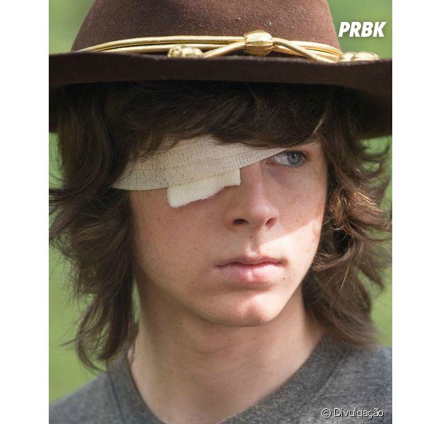 "Em ""The Walking Dead"": Carl (Chandler Riggs) único sobrevivente? Michael Rooker, intérprete de Merle Dixon, fala sobre possível final da série!"