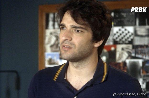 """Em """"A Lei do Amor"""":Tiago (Humberto Carrão) dá soco em namorado de Marina (Alice Wegmann)"""