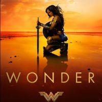 """De """"Mulher-Maravilha"""": novo pôster mostra a guerreira confiante e anima fãs para chegada de trailer!"""