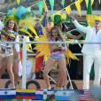 """Minutos depois, no Instagram, Jennifer Lopez postou uma foto do clipe """"We Are One"""", música da Copa do Mundo"""