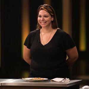 "No ""MasterChef Brasil"": falta de comida e Natália eliminada marcaram noite"
