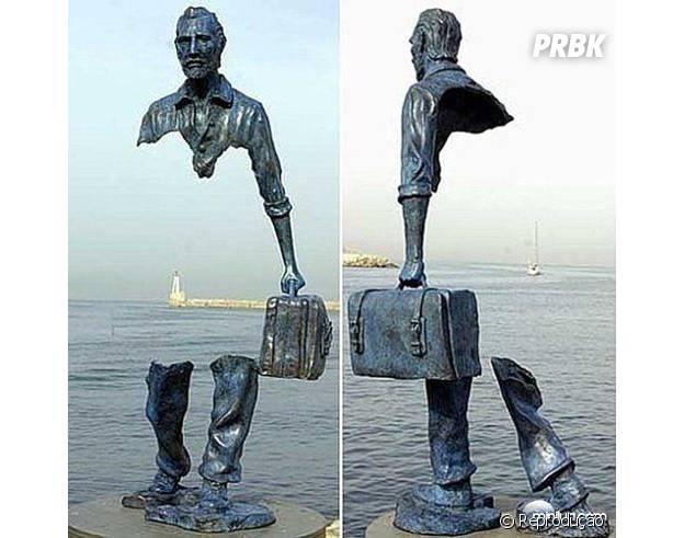 Estátua cortada na França