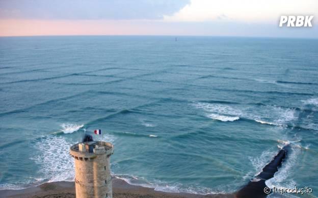 Vento cria efeito de Minecraft em mar