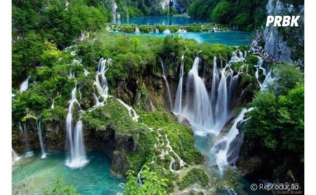Cachoeiras criam um cenário inacreditável!