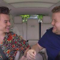 """Harry Styles e James Corden trocam de roupa e cantam no novo """"Carpool Karaoke""""!"""
