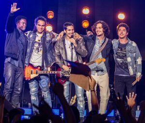 """""""Rock Story"""" termina com um show eletrizante da banda 4.4"""