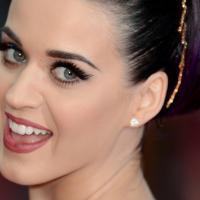 HitBreak: Katy Perry retorna com álbum cheio de baladas românticas!