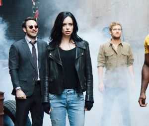 """De """"Os Defensores"""": novo cartaz da série da Marvel é divulgado"""