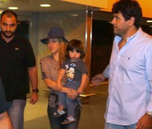 Gerard Piqué, que foi eliminado da Copa junto com a Seleção da Espanha, não veio para o Brasil junto com a mulher, Shakira, e o filho, Milan