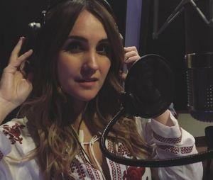 Dulce Maria, ex-RBD, revela que está gravando música nova!