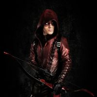 "Em ""Arrow"": Roy aparece como Arsenal no season premiere da 3ª temporada"
