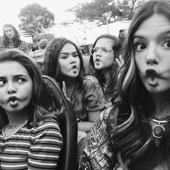 """Maisa Silva posa com Klara Castanho e Giovanna Lancellotti nos bastidores de """"Tudo Por um Popstar"""""""