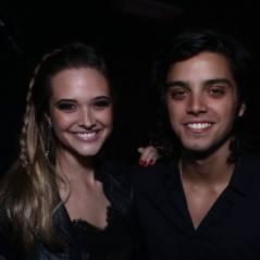 Rodrigo Simas, Juliana Paiva e Anitta curtem show de forró e se divertem no Rio