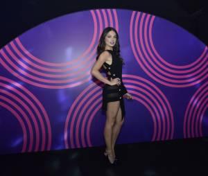 """Na festa de """"Boogie Oogie"""", Isis Valverde rouba os holofotes ao mostrar look ousado"""
