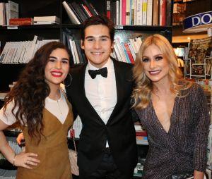 Lívian Aragão, Nicolas Prattes e sua mãeGiselle Prattes se encontraram durante evento no Rio de Janeiro!