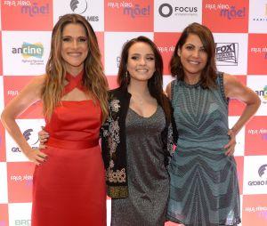 """Larissa Manoela posa com Ingrid Guimarães e Thalita Rebouças na pré-estreia de """"Fala Sério, Mãe"""" em São Paulo"""