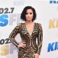 Outro look lindo da Demi Lovato em tapetes vermelhos é este aqui, usado no Wango Tango de 2016
